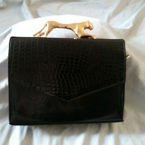 Gorgeous Vintage cougar bag
